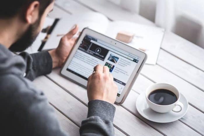InboxDollars Review: Make Money Online With Surveys